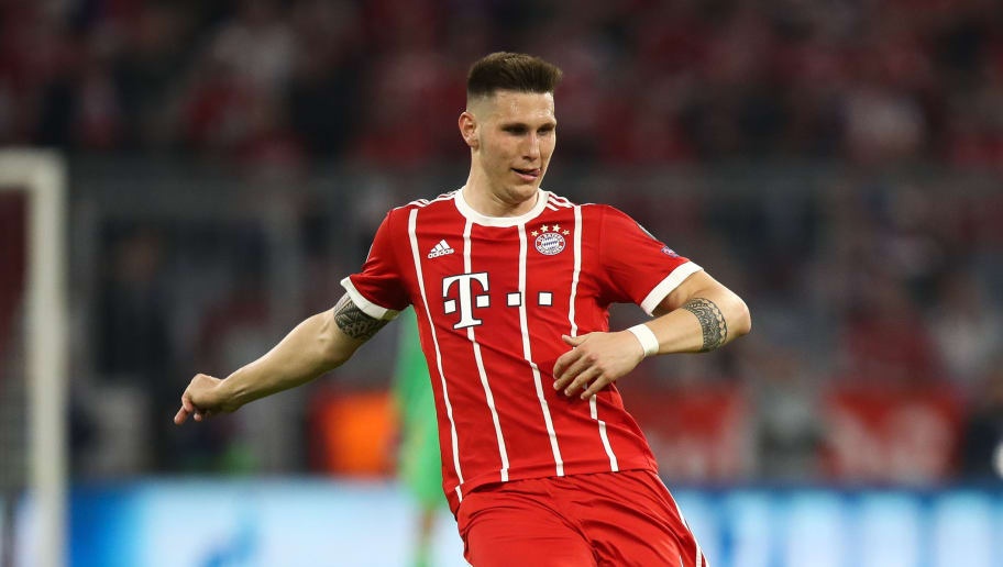 MUNICH, GERMANY - APRIL 25: Niklas Sule #4 of Bayern Munich controls the ball during the UEFA Champions League Semi Final First Leg match between Bayern Muenchen and Real Madrid at the Allianz Arena on April 25, 2018 in Munich, Germany. (Photo by Maja Hitij/Bongarts/Getty Images)