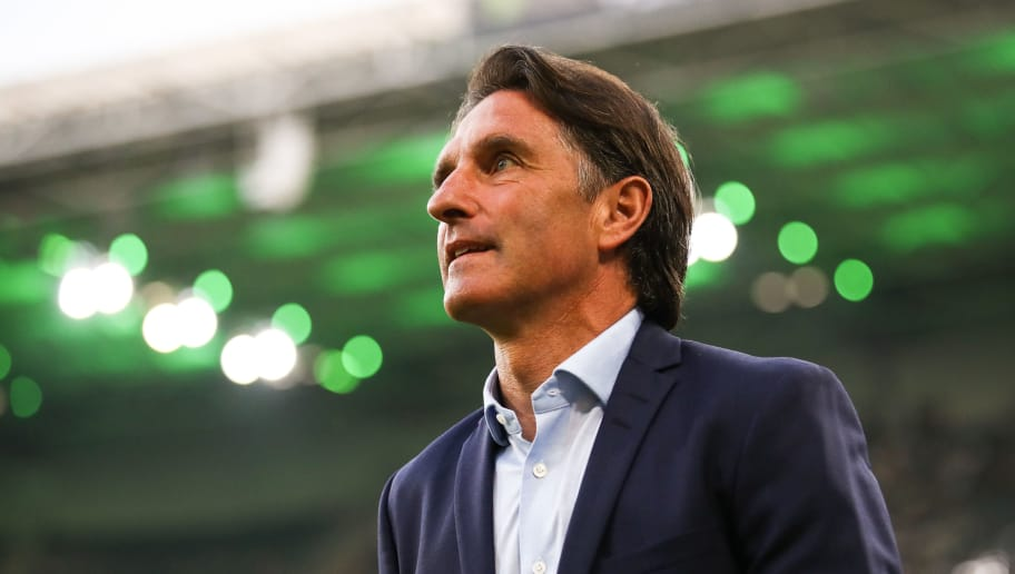 MOENCHENGLADBACH, GERMANY - APRIL 20: Bruno Labbadia head coach of Wolfsburg looks on prior the Bundesliga match between Borussia Moenchengladbach and VfL Wolfsburg at Borussia-Park on April 20, 2018 in Moenchengladbach, Germany. (Photo by Maja Hitij/Bongarts/Getty Images)