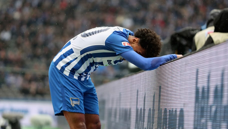BERLIN, GERMANY - MARCH 10: Valentino Lazaro of Hertha BSC reacts during the Bundesliga match between Hertha BSC and Sport-Club Freiburg at Olympiastadion on March 10, 2018 in Berlin, Germany.  (Photo by Boris Streubel/Bongarts/Getty Images)