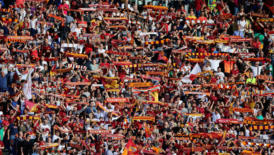 ROME, ITALY - APRIL 28: AS Roma fans during the serie A match between AS Roma and AC Chievo Verona at Stadio Olimpico on April 28, 2018 in Rome, Italy.  (Photo by Paolo Bruno/Getty Images)