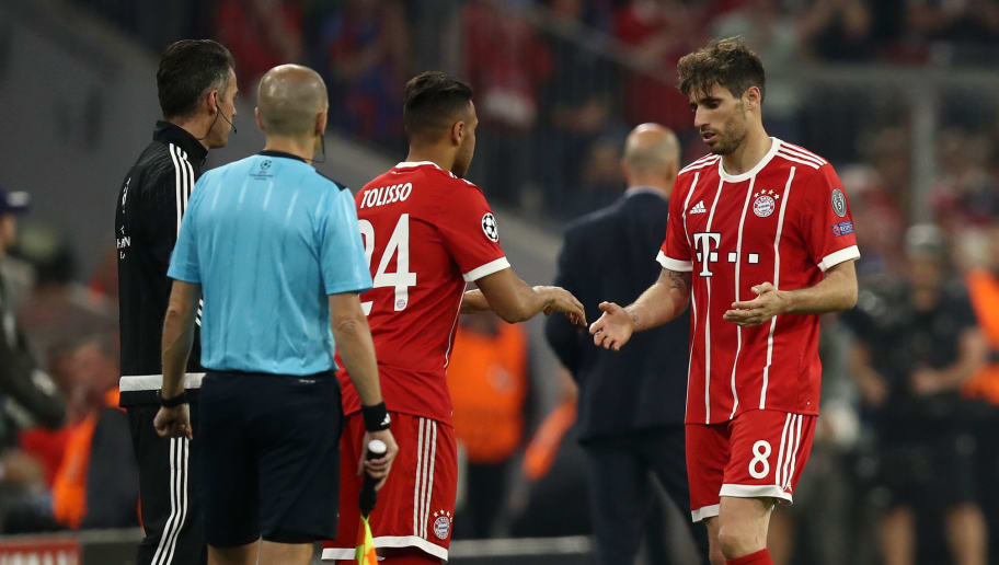 MUNICH, GERMANY - APRIL 25:  Corentin Tolisso replaces Javi Martinez of Bayern Muenchen during the UEFA Champions League Semi Final First Leg match between Bayern Muenchen and Real Madrid at the Allianz Arena on April 25, 2018 in Munich, Germany.  (Photo by Maja Hitij/Bongarts/Getty Images)
