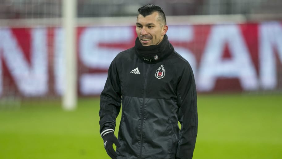 MUNICH, GERMANY - FEBRUARY 19: Gary Medel of Besiktas Istanbul during a training session ahead the UEFA Campions League match against FC Bayern Muenchen at Allianz Arena on February 19, 2018 in Munich, Germany. (Photo by Jan Hetfleisch/Bongarts/Getty Images)