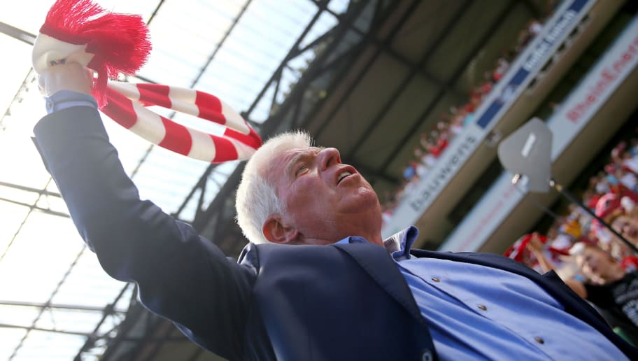 COLOGNE, GERMANY - AUGUST 02: Preseident Werner Spinner of Koeln sings the anthem of Koeln during the Colonia Cup 2015 match between 1. FC Koeln and FC Valencia at RheinEnergieStadion on August 2, 2015 in Cologne, Germany.  (Photo by Christof Koepsel/Getty Images)