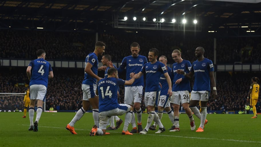 buy popular 009d3 521ab VIDEO: Everton Announce the Launch of New Home Kit on Social ...