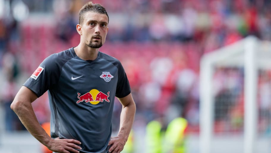 MAINZ, GERMANY - APRIL 29: Stefan Ilsanker of Leipzig reacts during the Bundesliga match between 1. FSV Mainz 05 and RB Leipzig at Opel Arena on April 28, 2018 in Mainz, Germany. (Photo by Simon Hofmann/Bongarts/Getty Images)