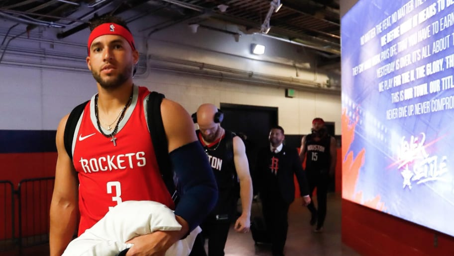 e2d5a7288e2 Astros Players Awesomely Don Rockets Jerseys for Road Trip to LA | 12up