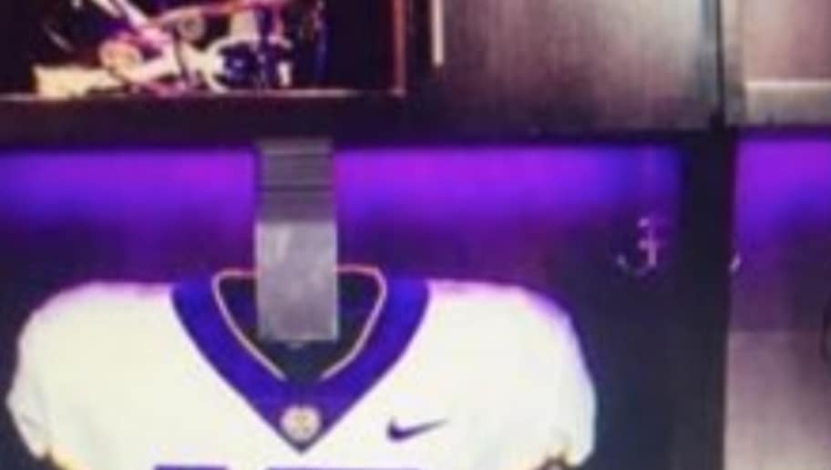 LSU Rumored to Wear Awesome Purple Helmets Against Mississippi State ... 87d686b52
