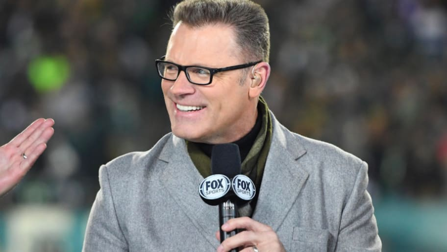 Howie Long Chickens Out Of Making Nfl Prediction For Eagles Bears 12up