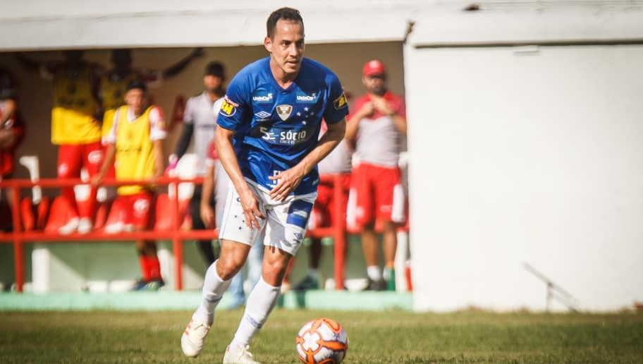 Adaptação de Arrascaeta vira  exemplo  para Rodriguinho no Cruzeiro  entenda 1cdb109a0c44d