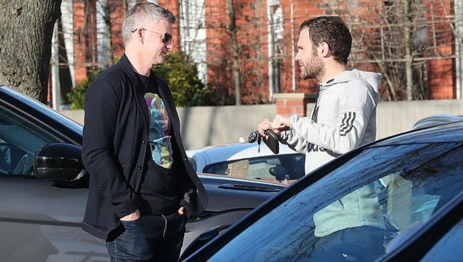 Inseparable: Solskjaer Randomly Bumps Into Juan Mata and Matteo Darmian in Manchester Visit