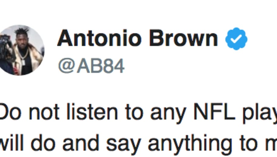 Antonio Brown Seemingly Takes Shot At Juju Smith Schuster In