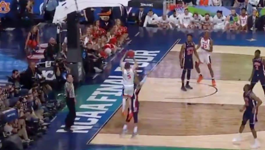 VIDEO: Virginia Beats Auburn in Final Four on Controversial