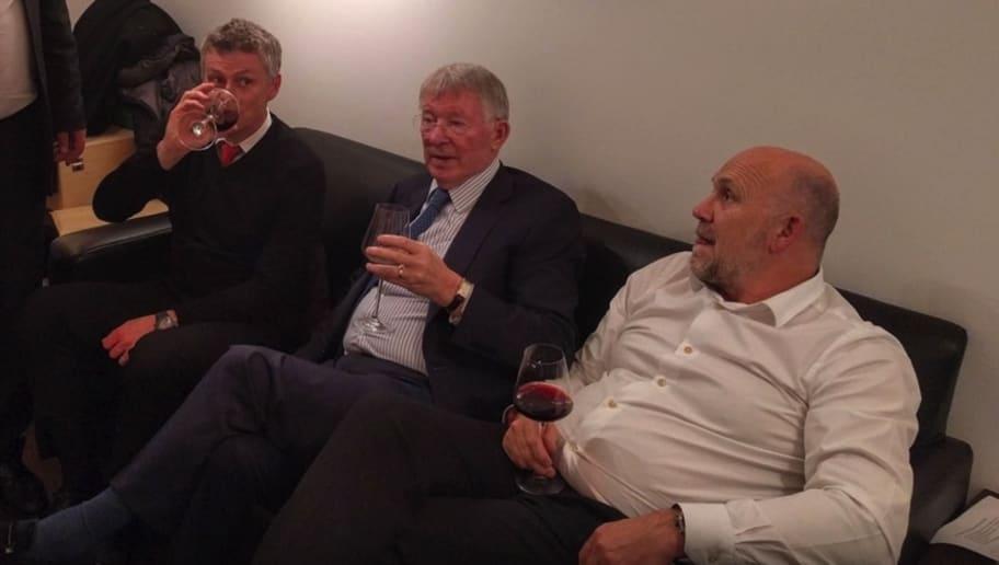 'Concerned' Sir Alex Ferguson Reportedly Spoke to Ole Gunnar Solskjaer After Cardiff Defeat