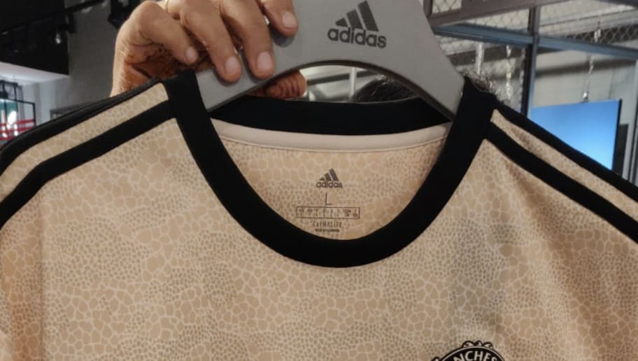 9011837c2e38c Man Utd Away Kit 2019/20: Image of 'Snakeskin' Shirt Leaks Online ...