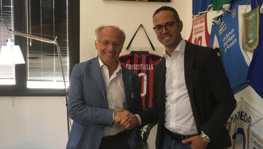 Calendario Icc.Sorpresa Per I Tifosi Del Milan Pellegatti Commentera Le