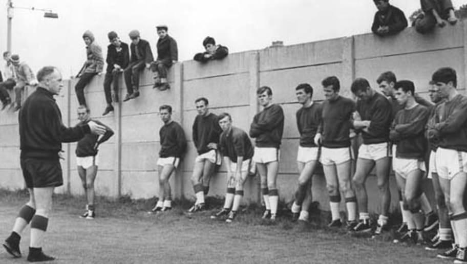 Equipos De época Vii El Liverpool De Bill Shankly Y Bob