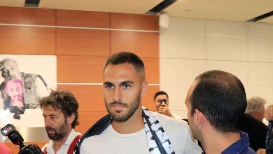 Beşiktaş'ın Yeni Transferi Victor Ruiz, İstanbul'a Geldi