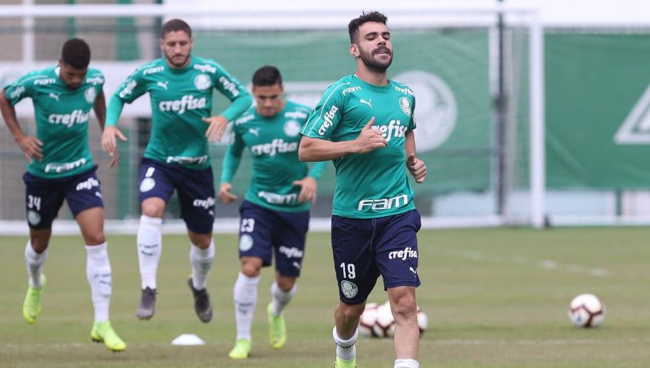 Athletico acena topar negócio por Rony, mas exige titular do Palmeiras; decisão está com Luxemburgo