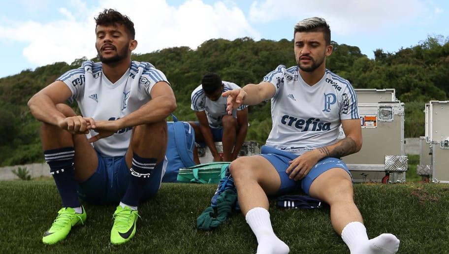 Victor Luís e outros 3 devem deixar o Palmeiras; Luxemburgo tem substituto e prepara negociação