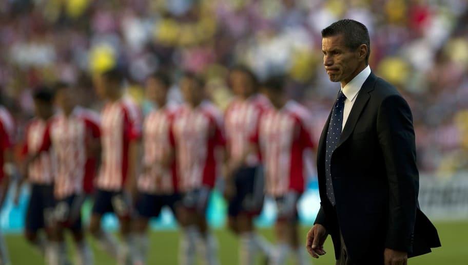 America's coach Alfredo Tena (R) gesture