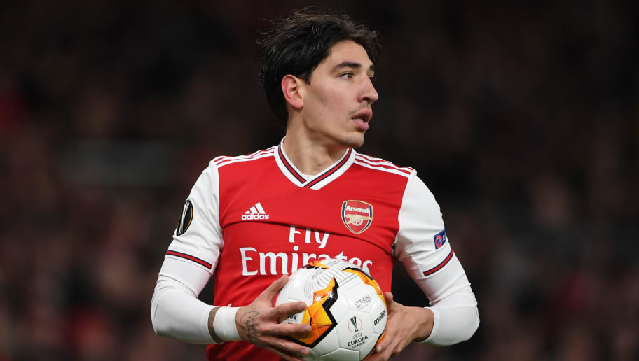 PSG 'in Negotiations' With Arsenal Over Signature of Hector Bellerin Despite Player's Desire to Stay
