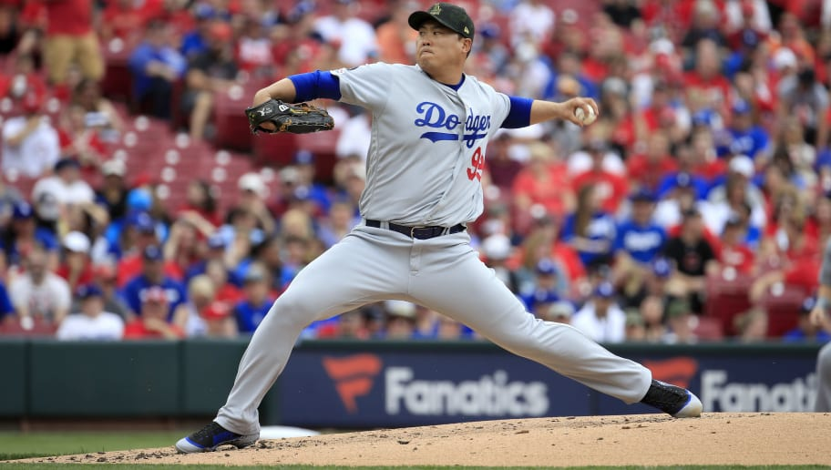 CINCINNATI, OHIO - MAY 19:   Hyun-Jin Ryu #99 of the Los Angeles Dodgers throws a pitch against the Cincinnati Reds at Great American Ball Park on May 19, 2019 in Cincinnati, Ohio. (Photo by Andy Lyons/Getty Images)
