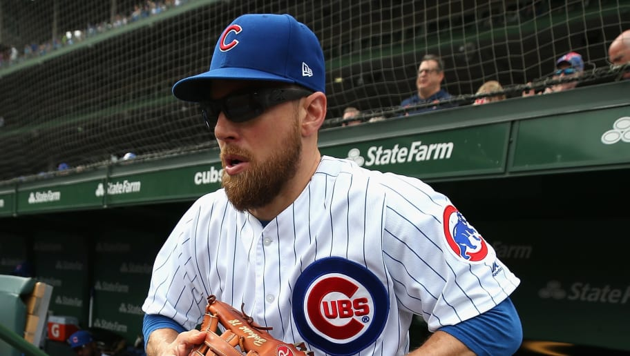 CHICAGO, IL - OCTOBER 01:   Ben Zobrist #18 of the Chicago Cubs heads to the field before the National League Tiebreaker Game against the Milwaukee Brewers at Wrigley Field on October 1, 2018 in Chicago, Illinois. The Brewers defeated the Cubs 3-1 to win the Central Division. (Photo by Jonathan Daniel/Getty Images)