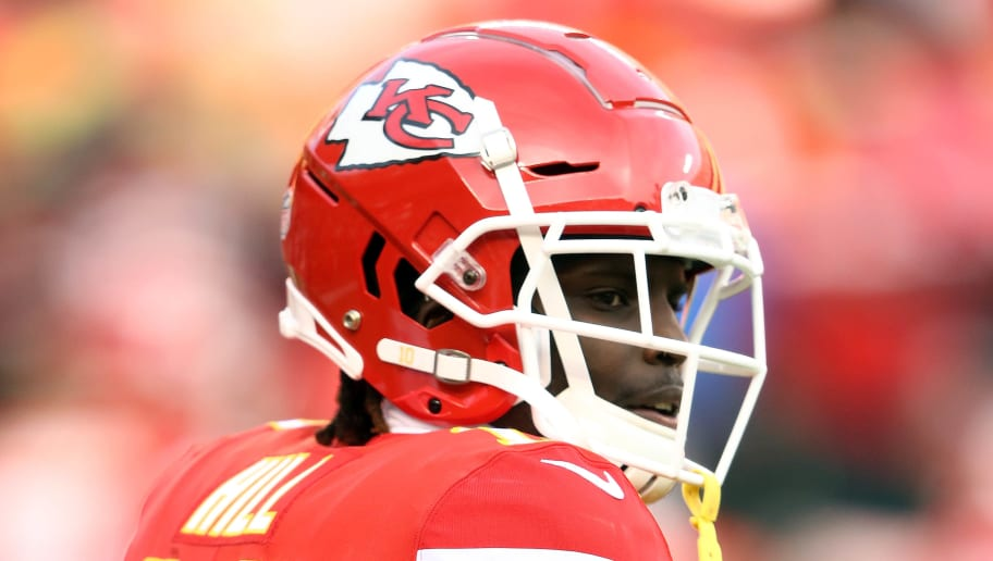 KANSAS CITY, MISSOURI - DECEMBER 30:  Wide receiver Tyreek Hill #10 of the Kansas City Chiefs warms up prior to the game against the Oakland Raiders at Arrowhead Stadium on December 30, 2018 in Kansas City, Missouri. (Photo by Jamie Squire/Getty Images)