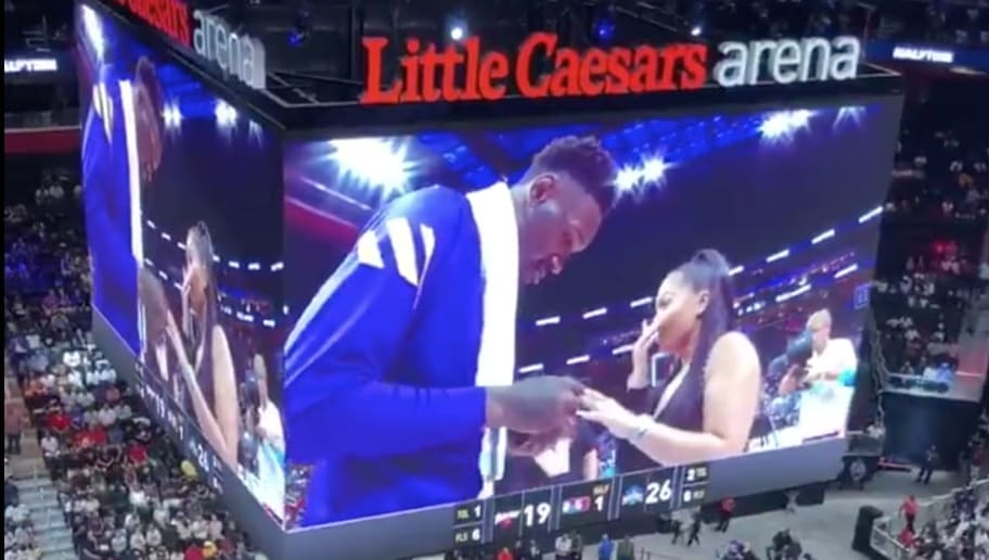 VIDEO: Larry Sanders Proposed to His Girlfriend During