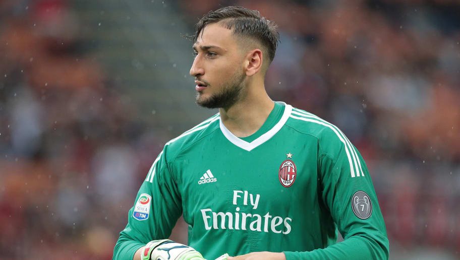 MILAN, ITALY - MAY 20:  Gianluigi Donnarumma of AC Milan looks on during the serie A match between AC Milan and ACF Fiorentina at Stadio Giuseppe Meazza on May 20, 2018 in Milan, Italy.  (Photo by Emilio Andreoli/Getty Images)