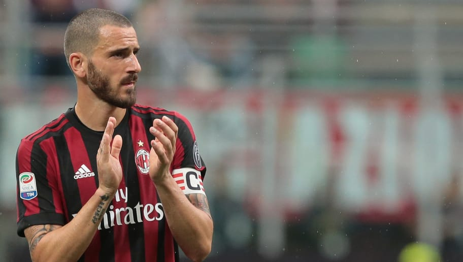 MILAN, ITALY - MAY 20:  Leonardo Bonucci of AC Milan looks on during the serie A match between AC Milan and ACF Fiorentina at Stadio Giuseppe Meazza on May 20, 2018 in Milan, Italy.  (Photo by Emilio Andreoli/Getty Images)