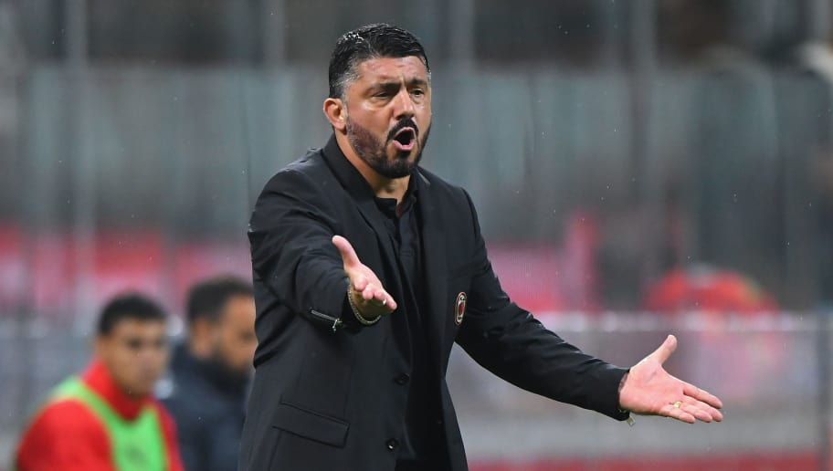 MILAN, ITALY - AUGUST 31:  Gennaro Gattuso head coach of AC Milan gestures during the serie A match between AC Milan and AS Roma at Stadio Giuseppe Meazza on August 31, 2018 in Milan, Italy.  (Photo by Alessandro Sabattini/Getty Images)