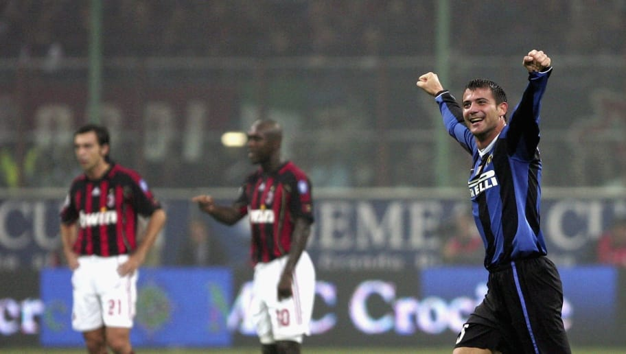 MILAN, ITALY - OCTOBER 28: Dejan Stankovic of Inter Milan celebrates his goal during the Serie A match between AC Milan and Inter Milan at the San Siro on October 28, 2006 in Milan, Italy. (Photo by New Press/Getty Images)
