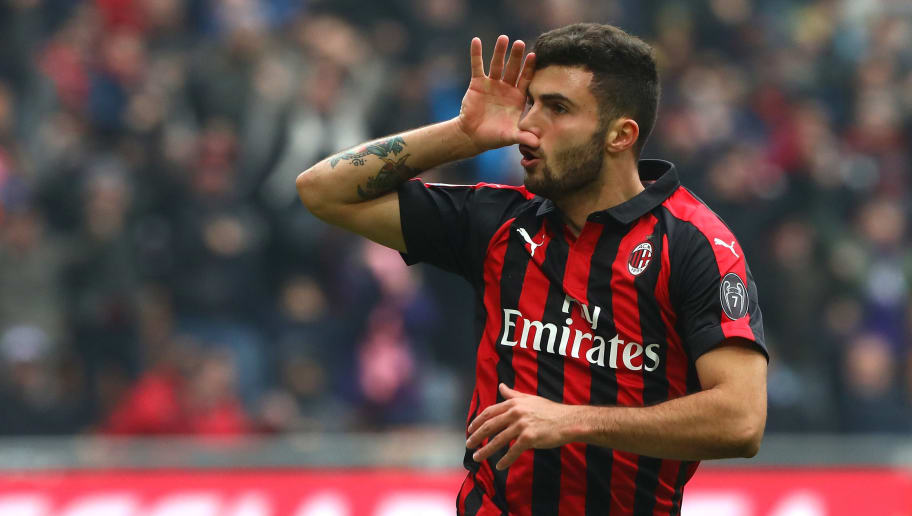 MILAN, ITALY - DECEMBER 02:  Patrick Cutrone of AC Milan celebrates his goal during the Serie A match between AC Milan and Parma Calcio at Stadio Giuseppe Meazza on December 2, 2018 in Milan, Italy.  (Photo by Marco Luzzani/Getty Images)
