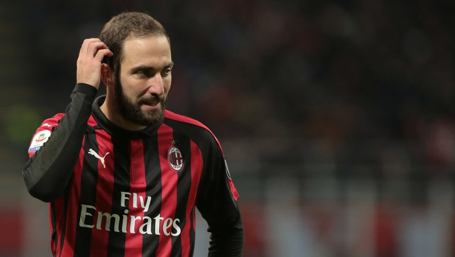 MILAN, ITALY - DECEMBER 09:  Gonzalo Higuain of AC Milan looks dejected during the Serie A match between AC Milan and Torino FC at Stadio Giuseppe Meazza on December 9, 2018 in Milan, Italy.  (Photo by Emilio Andreoli/Getty Images)