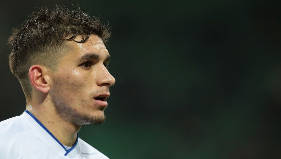 MILAN, ITALY - FEBRUARY 18:  Lucas Torreira of UC Sampdoria looks on during the serie A match between AC Milan and UC Sampdoria at Stadio Giuseppe Meazza on February 18, 2018 in Milan, Italy.  (Photo by Emilio Andreoli/Getty Images)