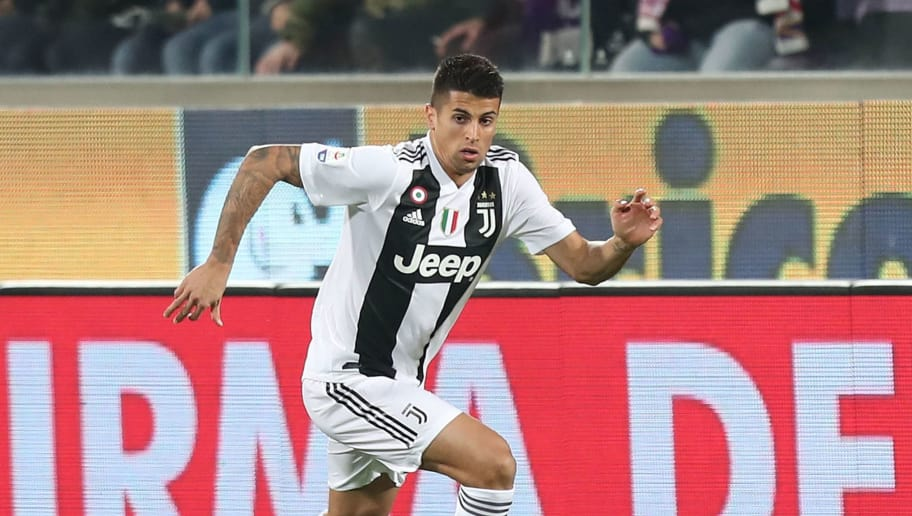 FLORENCE, ITALY - DECEMBER 01: Joao Cancelo of Juventus in action during the Serie A match between ACF Fiorentina and Juventus at Stadio Artemio Franchi on December 1, 2018 in Florence, Italy.  (Photo by Gabriele Maltinti/Getty Images)