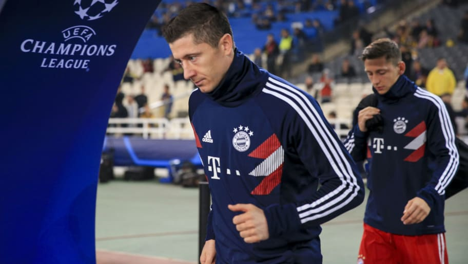 ATHENS, GREECE - OCTOBER 23: Robert Lewandowski of Bayern entering the stadium prior to the Group E match of the UEFA Champions League between AEK Athens and FC Bayern Muenchen at Athens Olympic Stadium on October 23, 2018 in Athens, Greece. (Photo by MB Media/Getty Images)