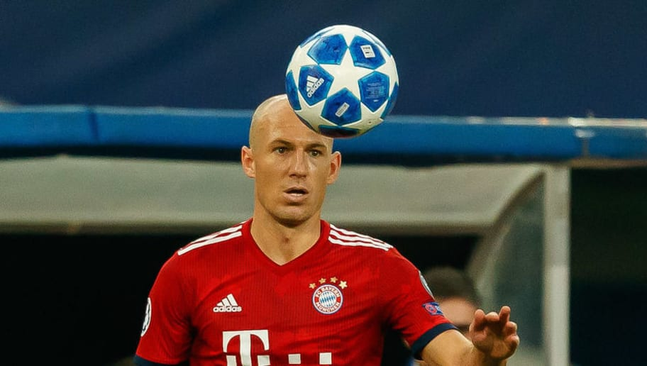 ATHENS, GREECE - OCTOBER 23: Arjen Robben of Bayern Muenchen controls the ball during the UEFA Champions League Group E match between AEK Athens and FC Bayern Muenchen at Athens Olympic Stadium on October 23, 2018 in Athens, Greece. (Photo by TF-Images/Getty Images)