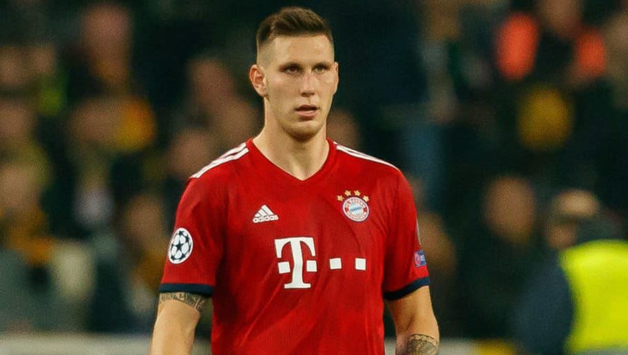 ATHENS, GREECE - OCTOBER 23: Niklas Suele of Bayern Muenchen controls the ball during the UEFA Champions League Group E match between AEK Athens and FC Bayern Muenchen at Athens Olympic Stadium on October 23, 2018 in Athens, Greece. (Photo by TF-Images/Getty Images)