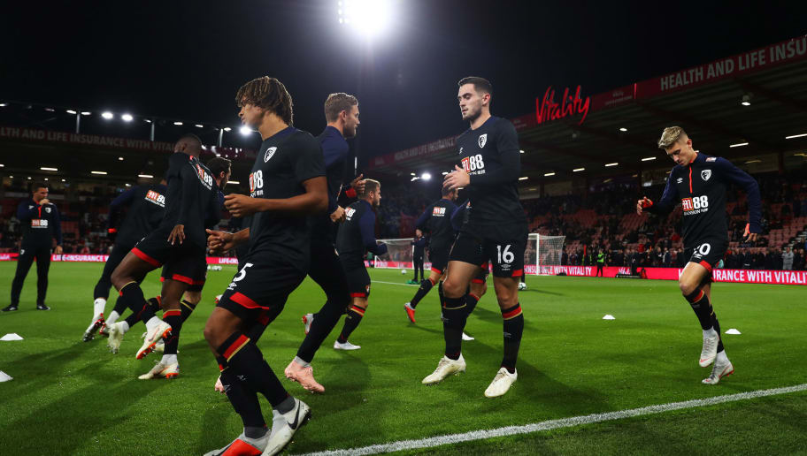 BOURNEMOUTH, ENGLAND - OCTOBER 01:  Nathan Ake , Lewis Cook and David Brooks of AFC Bournemouth warms up ahead of the Premier League match between AFC Bournemouth and Crystal Palace at Vitality Stadium on October 1, 2018 in Bournemouth, United Kingdom.  (Photo by Michael Steele/Getty Images)