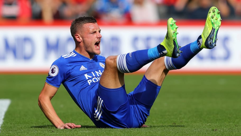 BOURNEMOUTH, ENGLAND - SEPTEMBER 15:  Jamie Vardy of Leicester City reacts during the Premier League match between AFC Bournemouth and Leicester City at Vitality Stadium on September 15, 2018 in Bournemouth, United Kingdom.  (Photo by Warren Little/Getty Images)