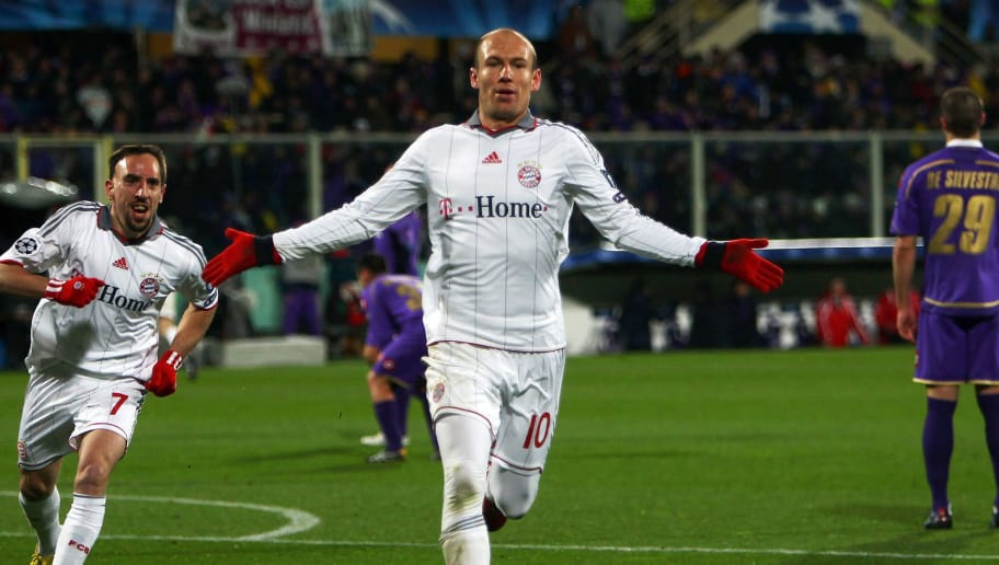 FLORENCE, ITALY - MARCH 09:  Arjen Robben of Muenchen celebrates after scoring his team's second goal during the UEFA Champions League round of sixteen, second leg match between AFC Fiorentina and FC Bayern Muenchen at Artemio Franchi Stadium on March 9, 2010 in Florence, Italy.  (Photo by Lars Baron/Bongarts/Getty Images)