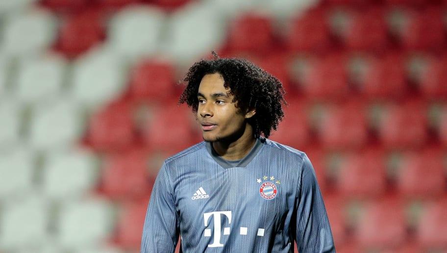 UEFA Youth League: Bayern-Spiel gegen Olympiakos wegen Zuschauerausschreitungen unterbrochen