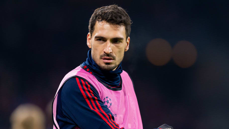 AMSTERDAM, NETHERLANDS - DECEMBER 12: Mats Hummels of Bayern Muenchen looks on during the UEFA Champions League Group E match between Ajax and FC Bayern Muenchen at Johan Cruyff Arena on December 12, 2018 in Amsterdam, Netherlands. (Photo by TF-Images/TF-Images via Getty Images)