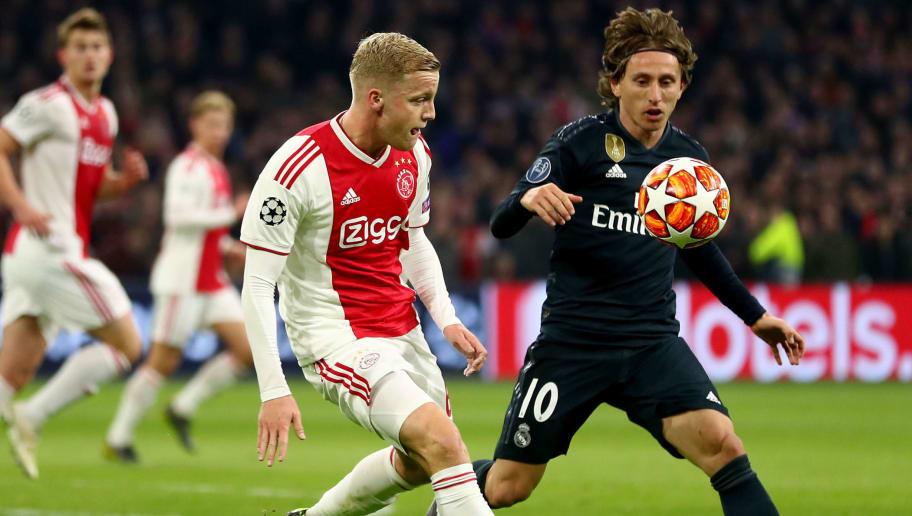 Donny van de Beek,Luka Modric