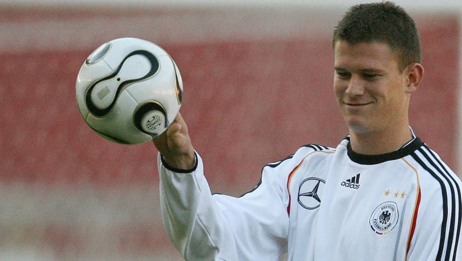 STUTTGART, Germany:  Alexander Madlung of the German national football team controls the ball during a training session 01 September 2006 in Stuttgart, prior their Euro 2008 qualifier football match Germany vs Ireland, scheduled on 02 September 2006 in Stuttgart.    AFP PHOTO   DDP/OLIVER LANG   GERMANY OUT  (Photo credit should read OLIVER LANG/AFP/Getty Images)