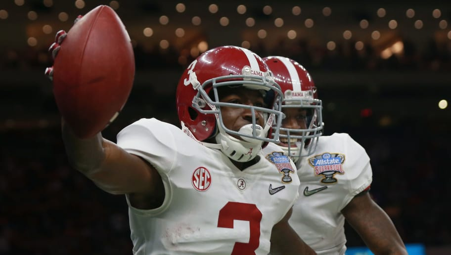 NEW ORLEANS, LA - JANUARY 01:  Calvin Ridley #3 of the Alabama Crimson Tide celebrates a reception for a touchdown with teammates in the first quarter of the AllState Sugar Bowl against the Clemson Tigers at the Mercedes-Benz Superdome on January 1, 2018 in New Orleans, Louisiana.  (Photo by Sean Gardner/Getty Images)