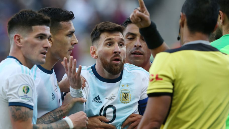 Lionel Messi,Mario Diaz de Vivar