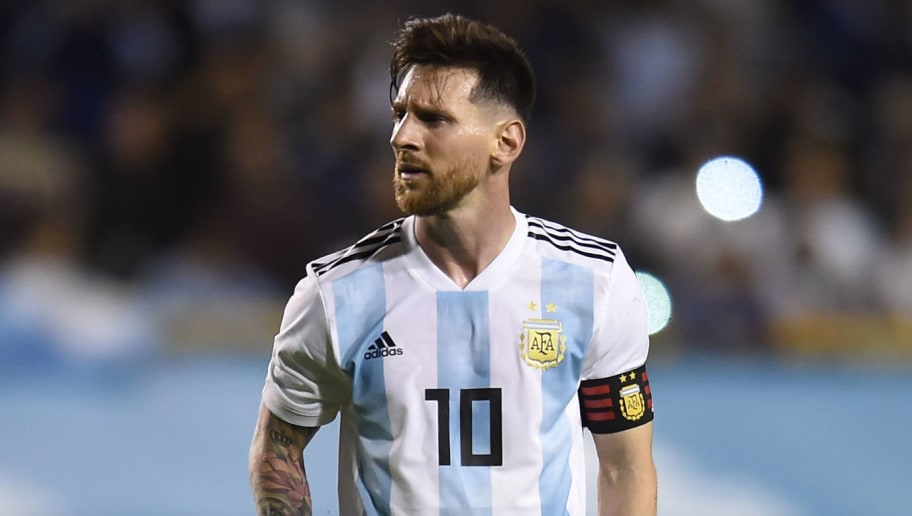 BUENOS AIRES, ARGENTINA - MAY 28: Lionel Messi of Argentina sets up for a free kick during an international friendly match between Argentina and Haiti at Alberto J. Armando Stadium on May 29, 2018 in Buenos Aires, Argentina. (Photo by Marcelo Endelli/Getty Images)